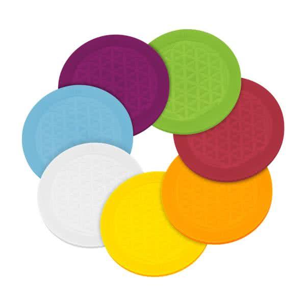 Magneettinen lasinalunen, joka on valmistettu silikosta chakran väreissä